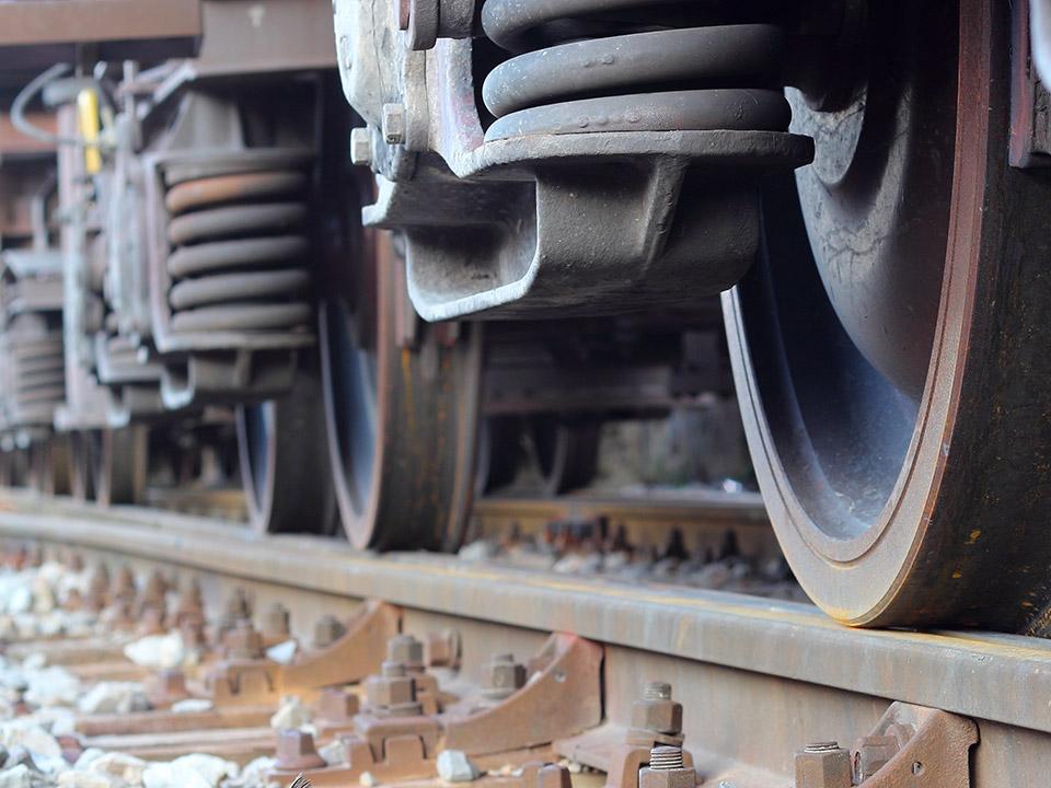 tra-1.rete-ferroviaria-q.jpg