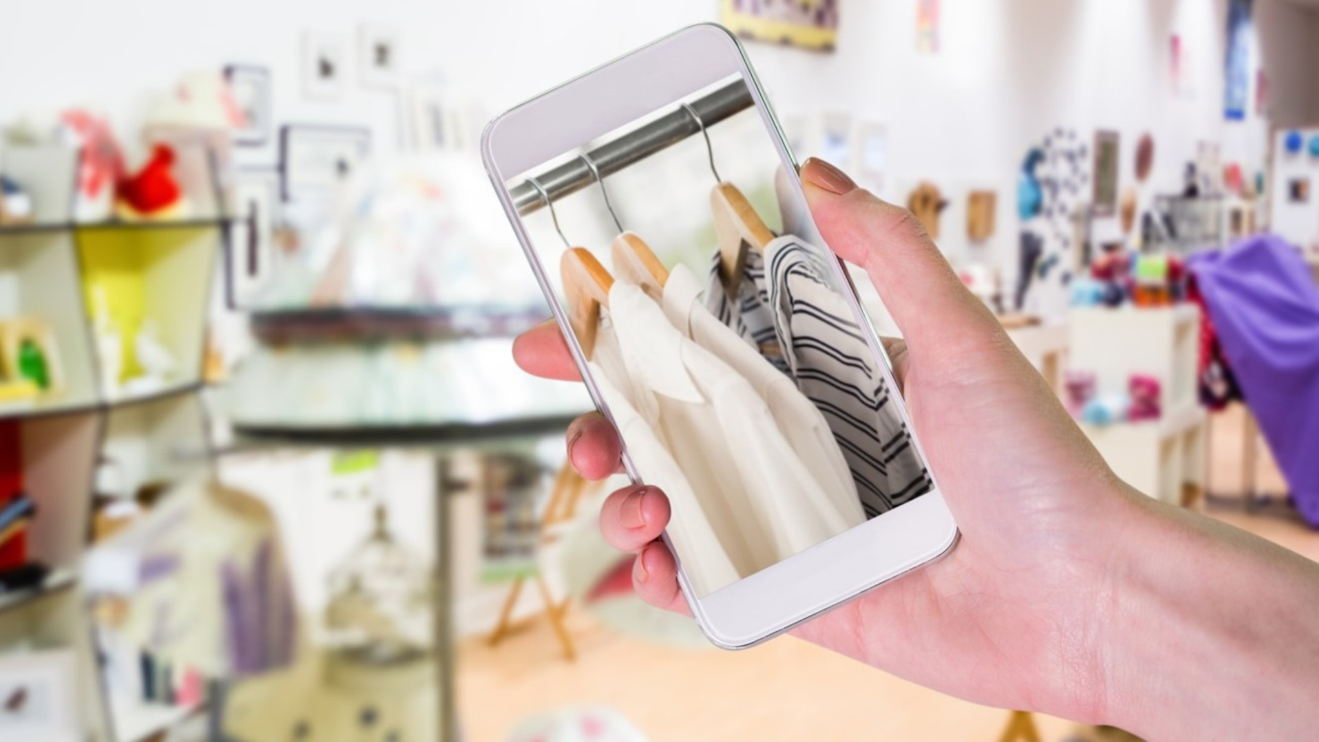 Blockchain and traceability in the fashion industry